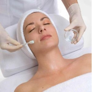 Extreme Peel with Microdermabrasion *Exfoliating